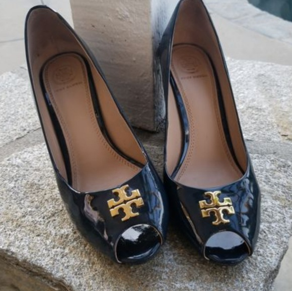 6953c8838a6fc Tory Burch Jade Peep Toe Wedge Navy Patent Leather.  M 5ac29e758af1c57f2826eab7